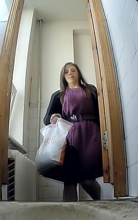 видео скрытой камерой женщины противном случае