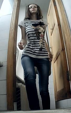 скрытая веб камера в женском общежитии туалете - 5